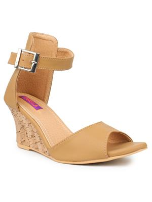 FIORELLA B-7009-BEIGE Women Wedges