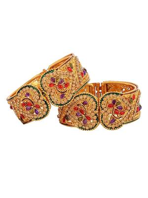 Awww Dm-B-52 Golden Women Bangles Set of 2