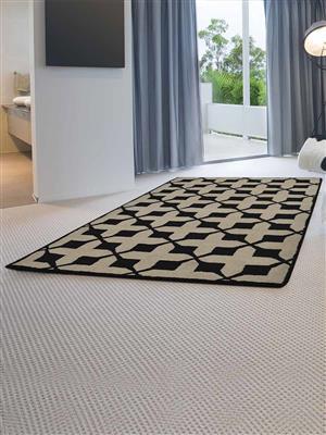 Royzez Handmade Woollen Rug Beige Black K00301