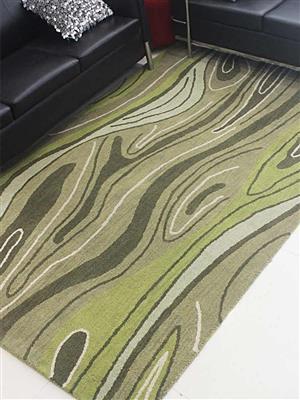 Royzez Handmade Woollen Rug Green K00672