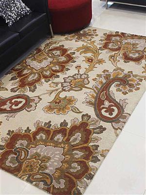 Royzez Handmade Woollen Rug Beige K00151