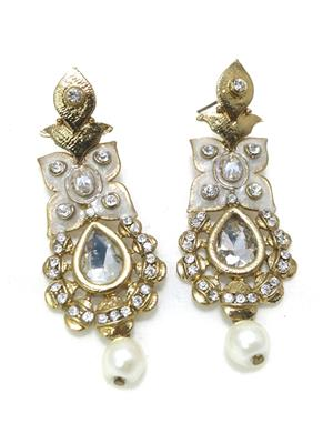 Fashion Pitaraa FPER1248350 White Women Earring