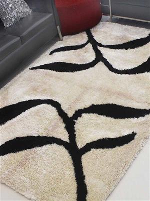 Royzez Handmade Polyester Shaggy Rug Beige Black K00038