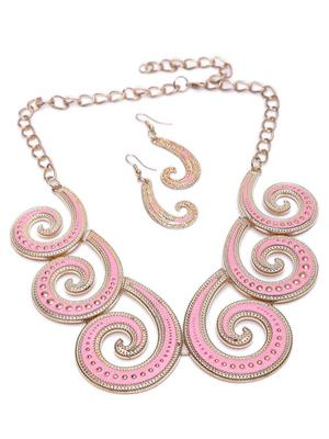 GlamO GOnekP2 Women Necklace Set