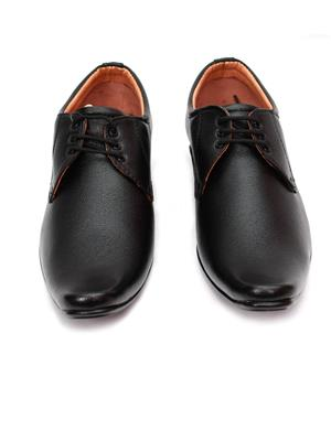 Grip 2626 Black  Men Formal Shoes