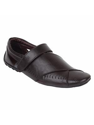 Guava GV15JA288 Brown Men Sandals