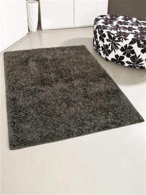 Royzez Handmade Polyester Shaggy Rug Grey K00055
