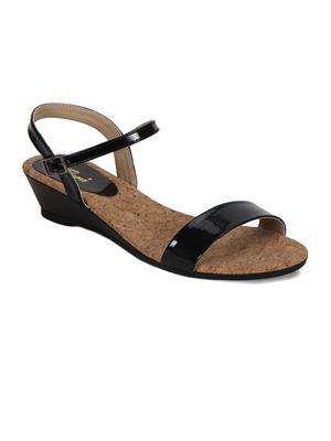 Flora PF-1004-01 Black Women Sandal