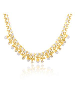 Oviya Dyanamic White Stone Necklace