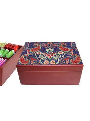 KolorobiaTCPS07 Embellishing Paisley TeaChest