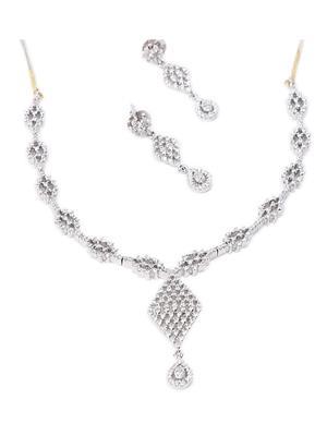 Tiara Gems TGlnekW1 Women Necklace Set