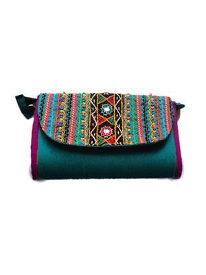 V Brown Vbkhbchw9001 Green Potli Bag