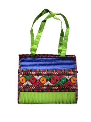 V Brown Vbkhbshb13001 Green Potli Bag
