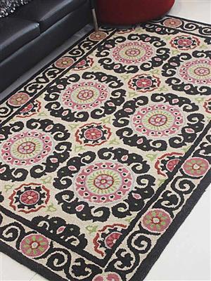 Royzez Handmade Woollen Rug Beige Multicolor K00208