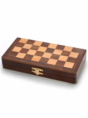 Kiran Udyog  DLI4HCF115  Wooden Chess Board