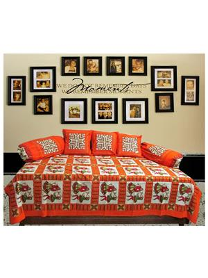 Mable ddiwanset07 Multicolored Deevan Set With 3 Cusion And 2 Comforter Covers