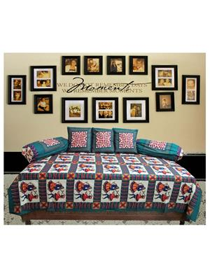 Mable ddiwanset09 Multicolored Deevan Set With 3 Cusion And 2 Comforter Covers